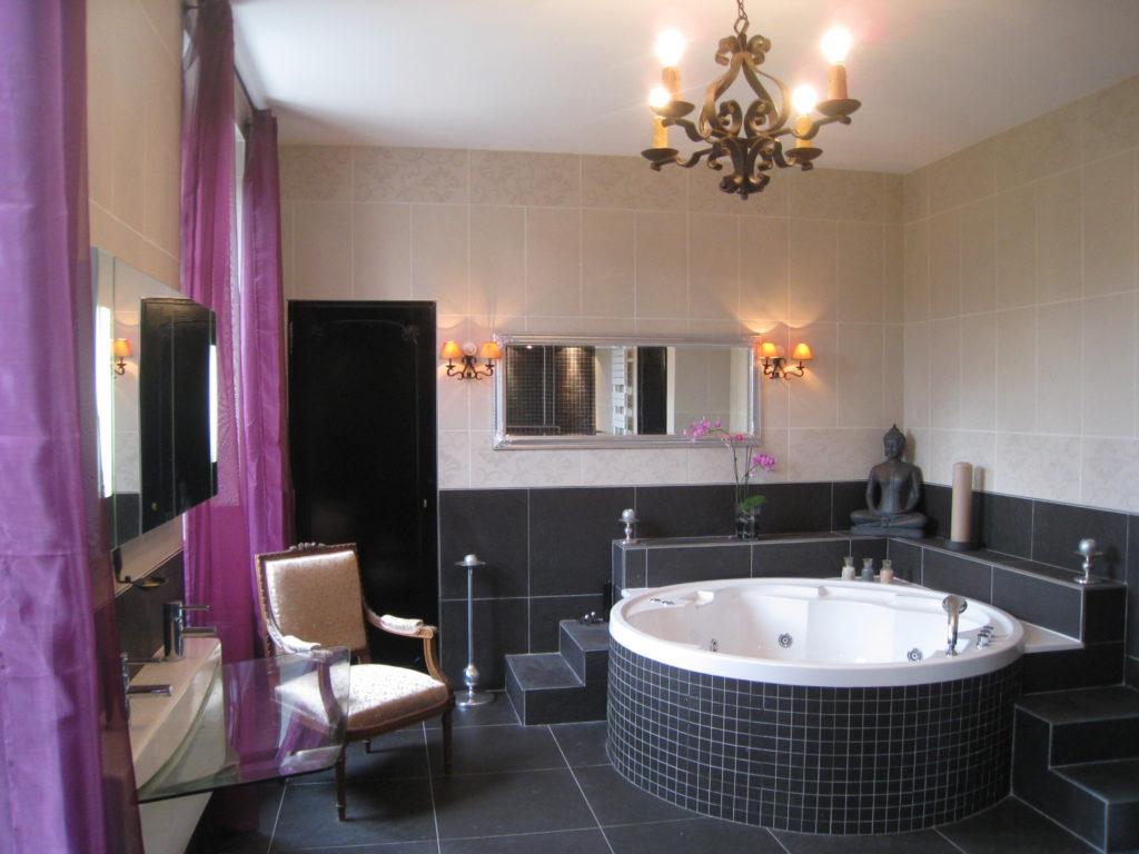 Arcusbyg har megen erfaring med levering nyt badeværelse. Se eksempel 1 her.