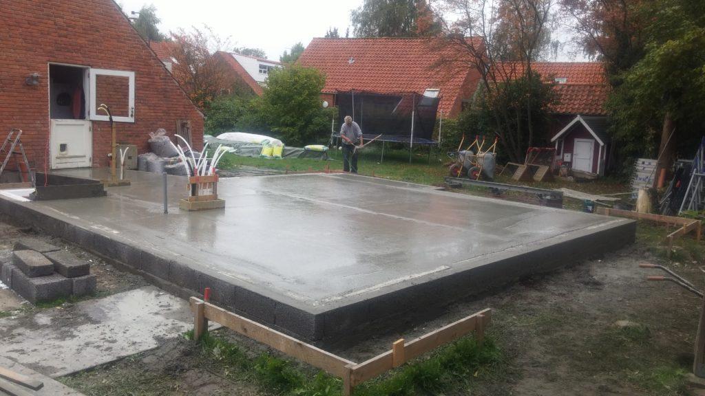 Eksempel 1 på arcusbyg arbejde med terrændæk og betongulv